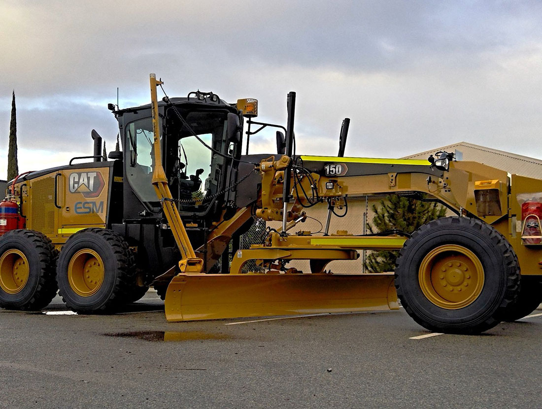 A large brand new grader for hire for all types of construction.