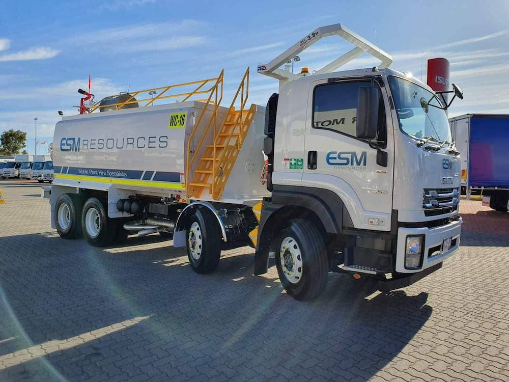Isuzu FYH300/350 8x4 Watercart with AES Tank. This unit has already left to a valued client in the Kimberley.